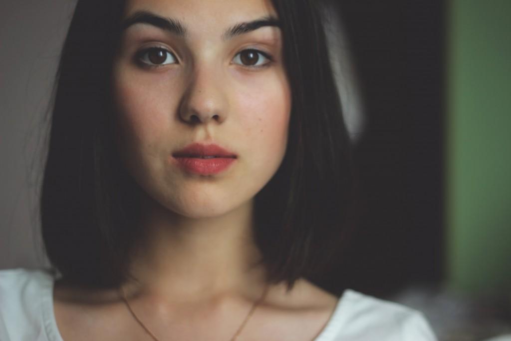 withoout makeup. (2)