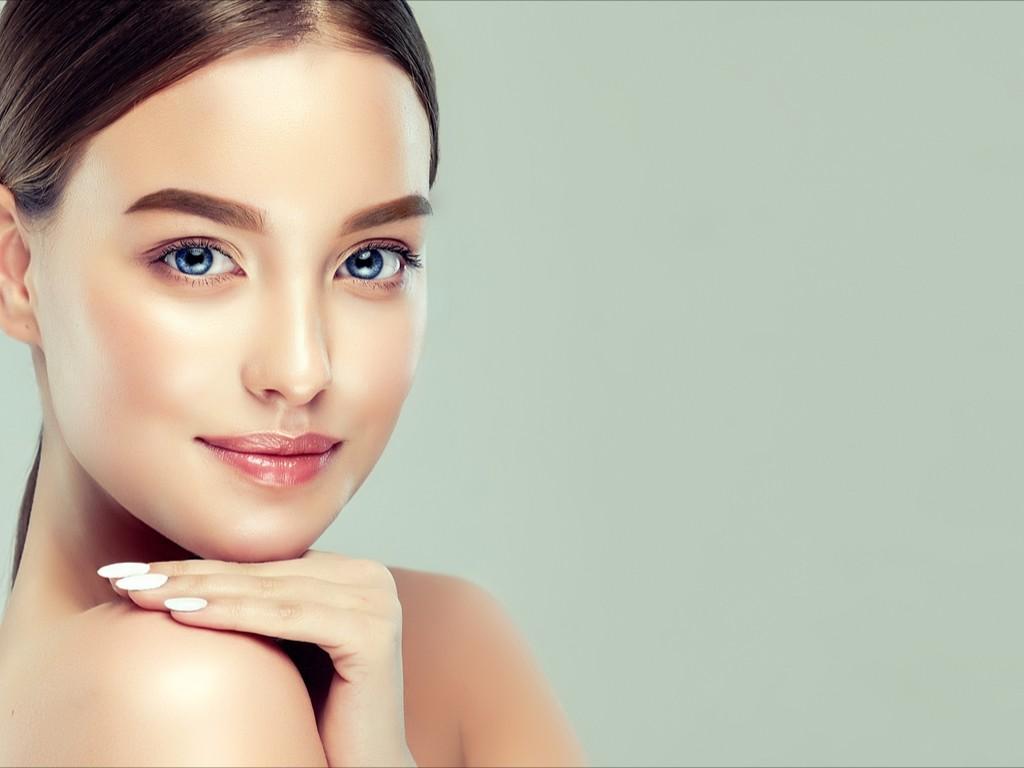 Hábitos de beleza para ajudá-la a cuidar melhor da pele e do cabelo